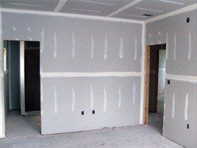 Гипсокартон – универсальный вариант для выравнивания стен.