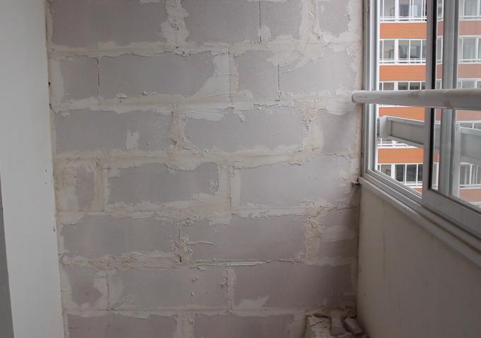 Балконная перегородка от соседей: как сделать, убрать с кухн.