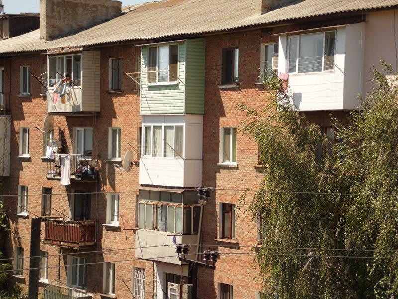 Балкон в хрущевке: 4 этапа остекления obustroeno.com.
