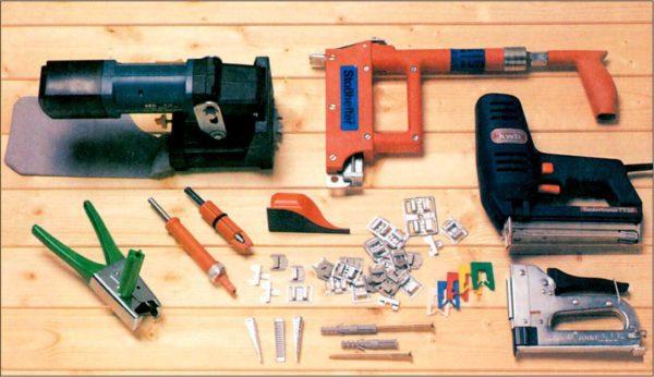 Инструменты и крепеж для монтажа пластика