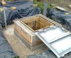 На фото - монолитный бетонный кессон