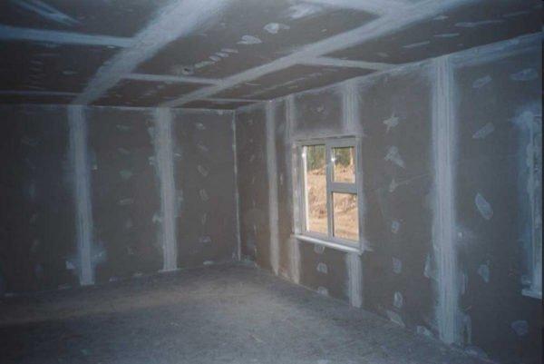 На фото: гипсокартон идеально подходит и для стен, и для потолка