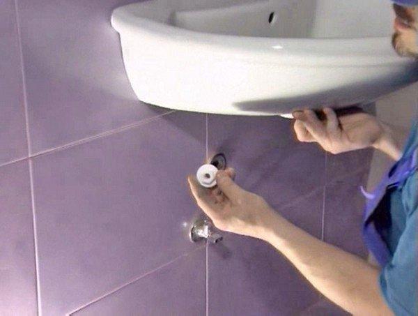 Установка умывальника в ванной описание с фото