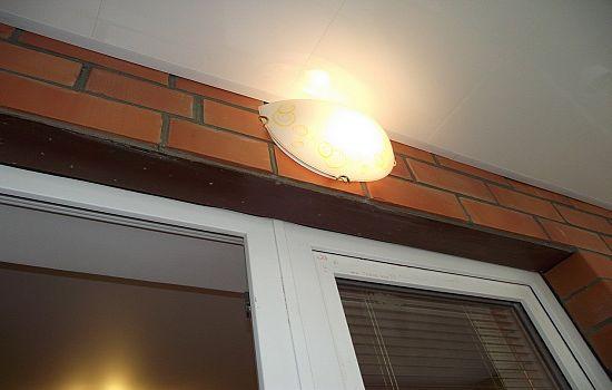 Освещение на балконе или лоджии: 3 популярных вида obustroen.