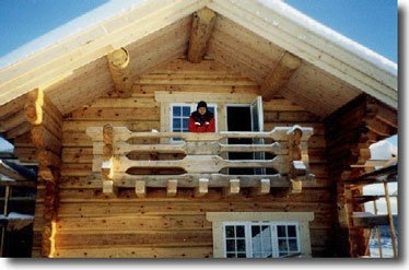 Дом с балконом: проекты больших двухэтажных коттеджей с эрке.