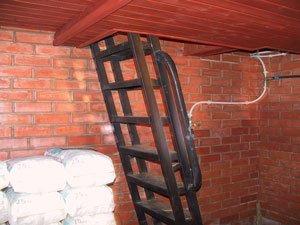 Металлическая лестница своими руками для подвала