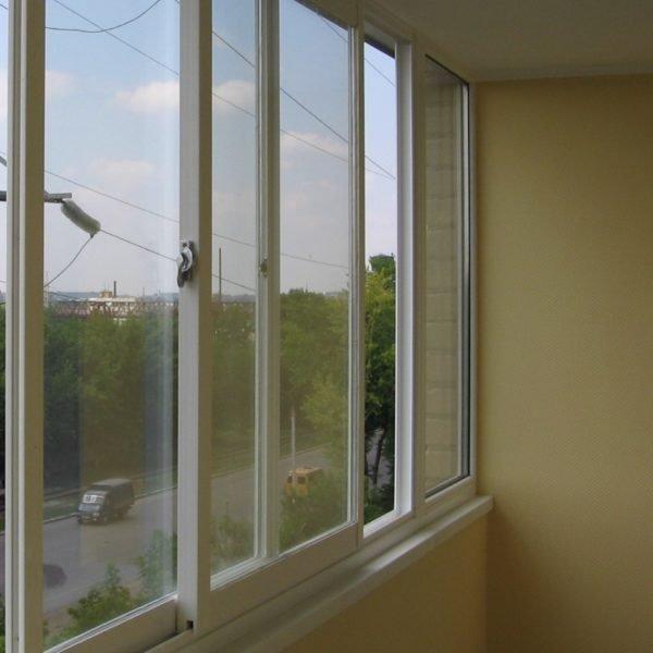 Окна-купе на балконе и лоджии экономят место
