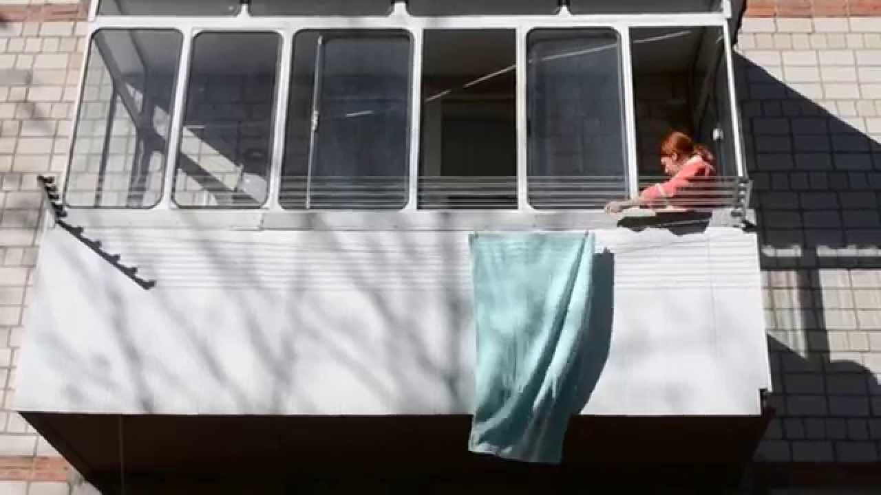 Потолочные сушки для белья на балкон французские..