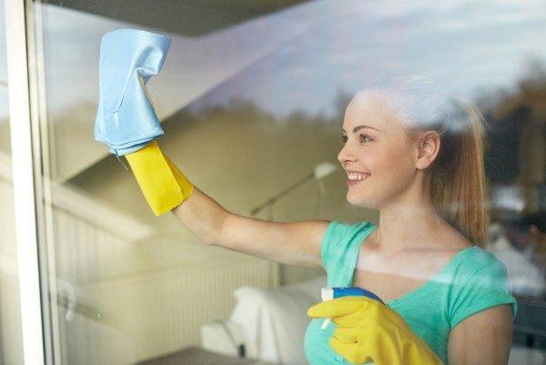 Периодически проводя профилактическую уборку, вы всегда будете содержать окна идеально чистыми