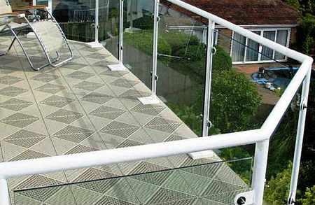 Плитка – изысканный способ оформления балкона.