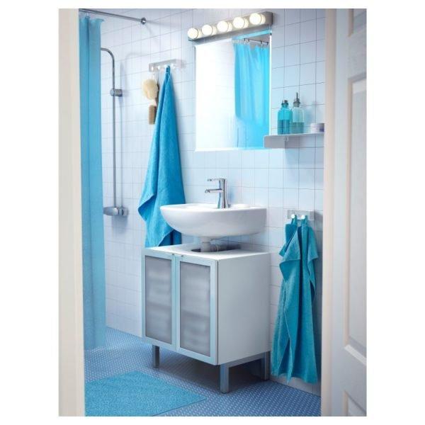 Полотенца могут служить украшением ванной комнаты