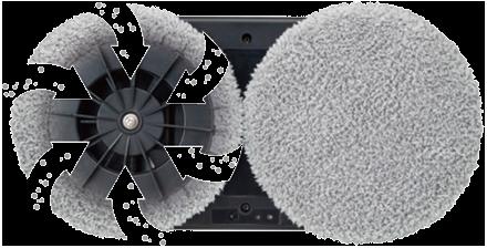 Поверхность чистят два диска из микрофибры.