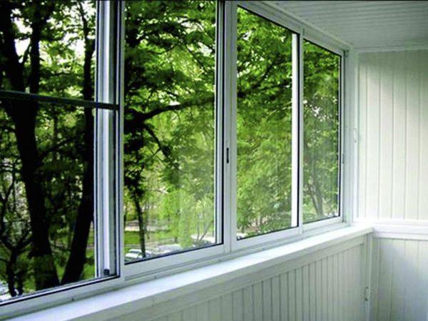 Раздвижные окна значительно упрощают уборку