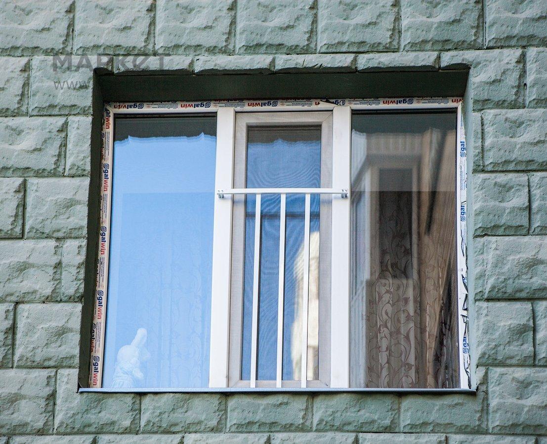 Защита для детей на окнах пластиковых: ручки, замок и решетк.