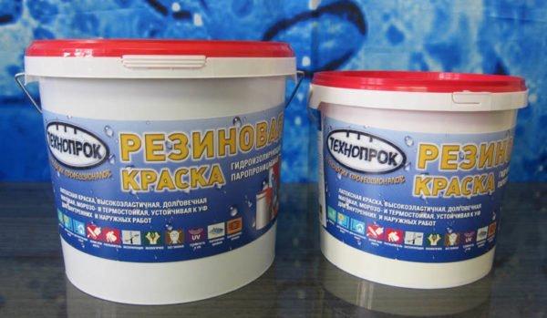 Резиновая краска надежно защищает стены от брызг и сырости.