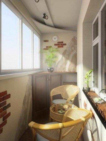 С плетеной мебелью можно ощутить себя владельцем загородного дома