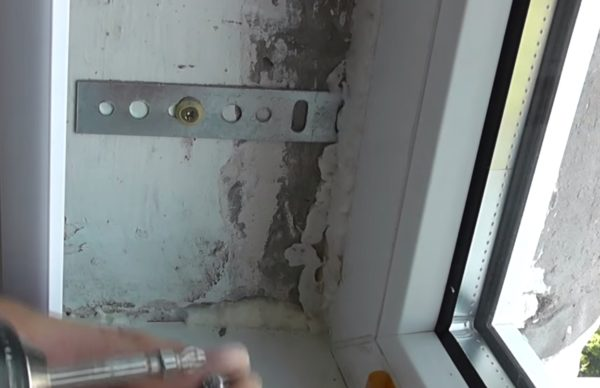 Типичное состояние откосов после замены окна.