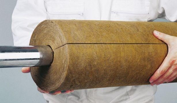 Трубный теплоизолятор в виде кожуха из минеральной ваты