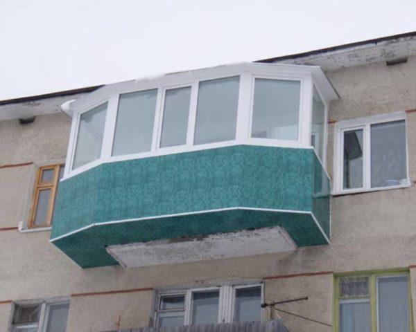 Увеличение старого балкона по максимуму без разрешения.