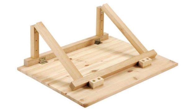 Вариант конструкции с деревянной опорной рамой.
