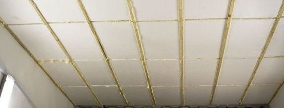 Внешний вид утепленной крыши в процессе работы.