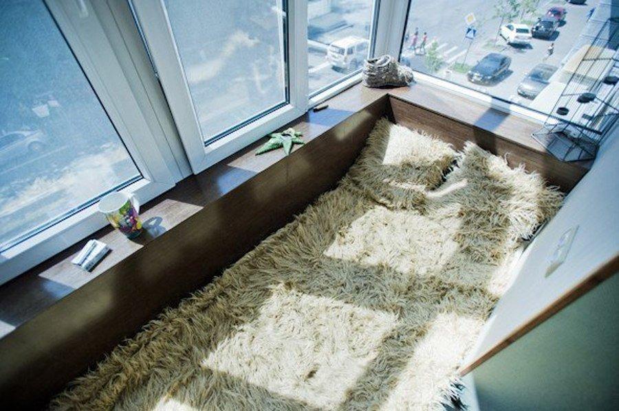 Как обустроить балкон или лоджию: 15 идей оформления маленьк.