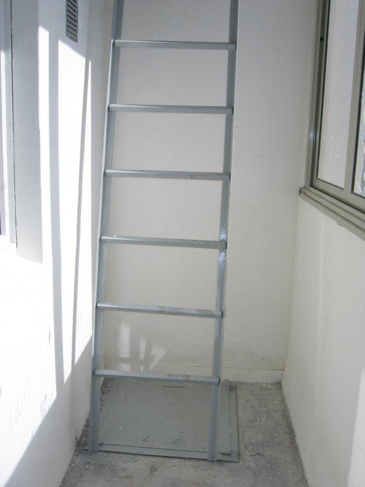 Как заделать пожарный люк на балконе: отделка obustroeno.com.