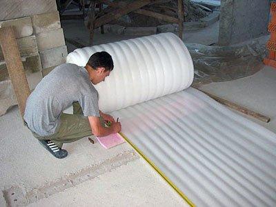 Вспененная мягкая подложка под систему плавающий пол.