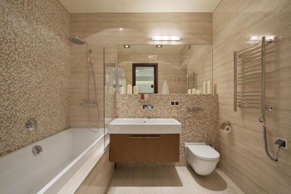 Выбирая пластиковые панели для ванной, отдайте предпочтение спокойным светлым тонам и мелкому рисунку.