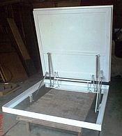 Заводская модель люка для подвала.
