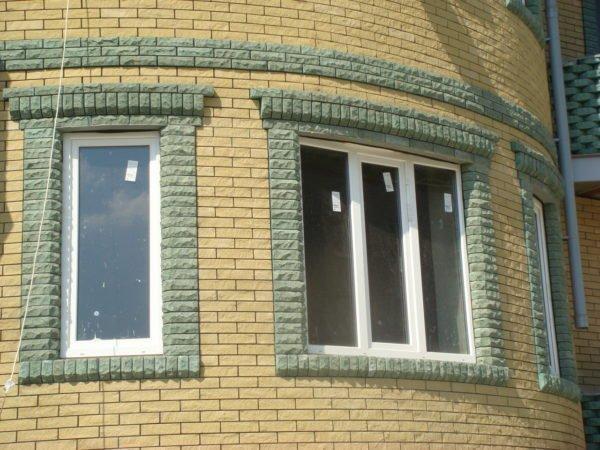 Красивая отделка окон и защита откосов: два в одном