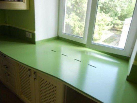 Шкаф у окна на кухне и комнатах: 3 интересных идеи оформлени.