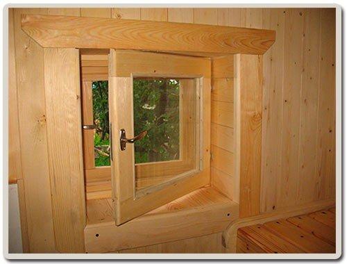 Окно из дерева – классический вариант, имеющий много плюсов.