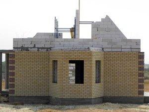 Отделка пеноблочного дома – важнейший этап его строительства.
