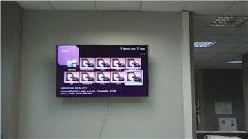 Пример того как закрепить LCD панель на пустотелую конструкцию