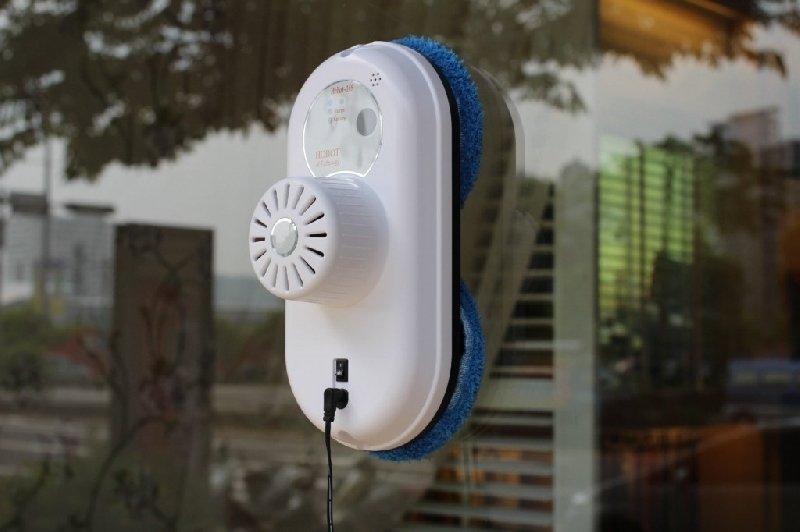 Моющий пылесос для окон робот
