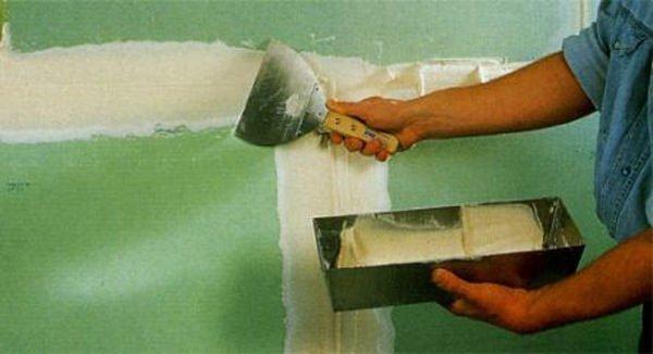 Заделка швов бумажной лентой имеет право на существование