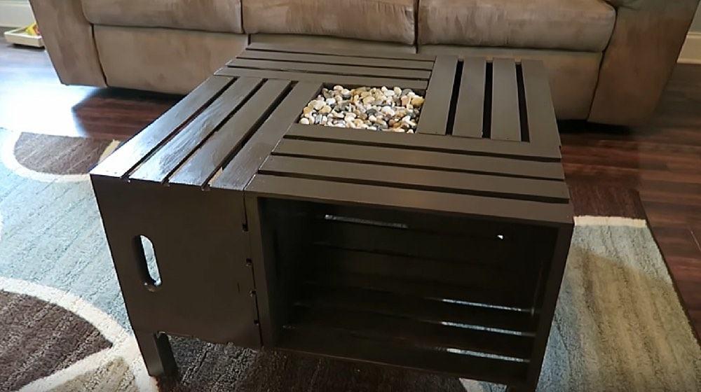 5 шагов по созданию столика из деревянных ящиков