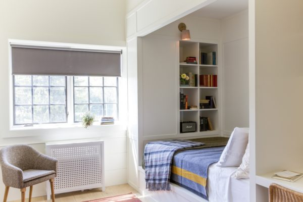 Альков – единственный способ создать личный уютный уголок в однокомнатной квартире