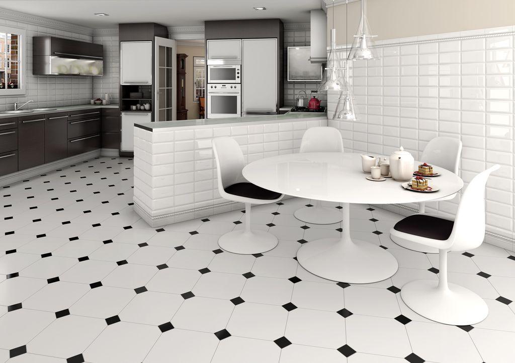 Белая плитка увеличивает пространство