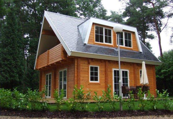 Благодаря широкому ассортименту продукции, подобрать подходящие окна на дачу не составит труда