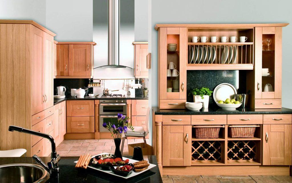 Буфет можно считать родоначальником всей сложной кухонной мебели.