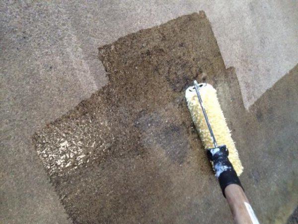 Чаще всего адгезионные составы используются на бетонных основаниях
