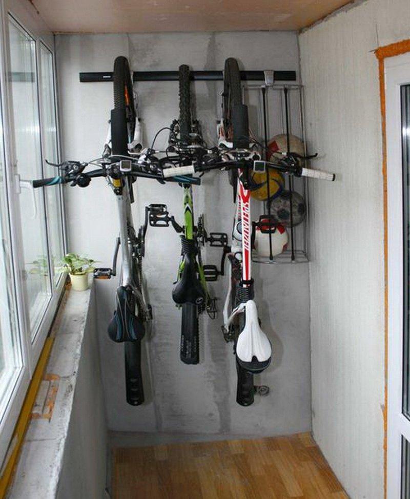 Крепление велосипеда к потолку: 4 вида подвесов для хранения.