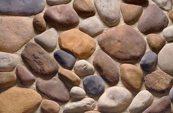 Декоративная облицовка из цементного камня.