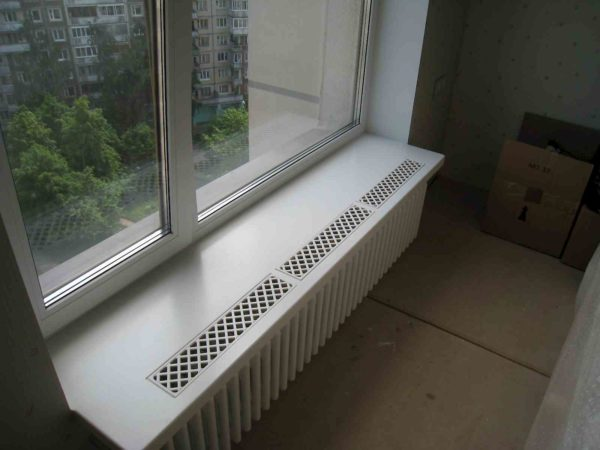 Декоративная решетка для доступа теплого воздуха