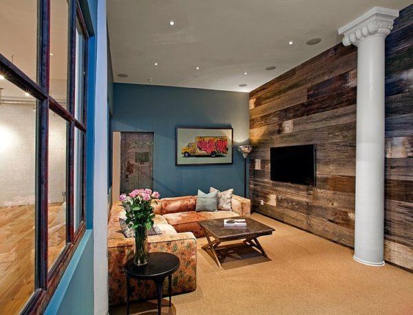 Деревянные обои в интерьере гостиной