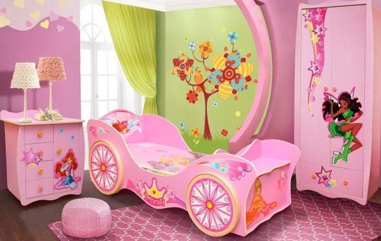 Девичья кровать и кровать девочки-подростка — это целый мир ярких красок