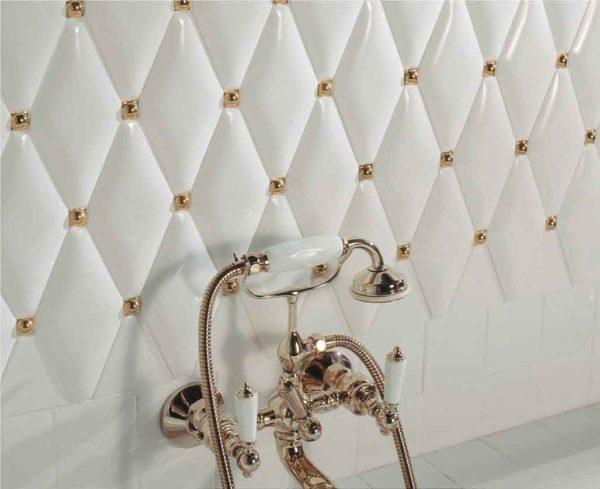 Для интерьеров в классических стилях можно использовать плитку в виде ромбов