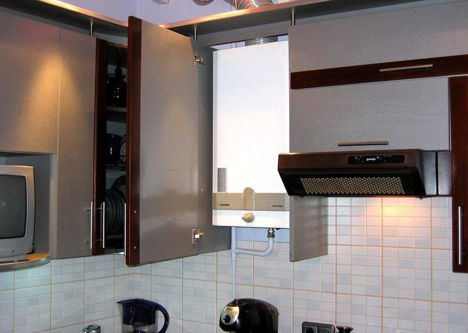 Днище и крышка у шкафа отсутствуют для улучшения вентиляции
